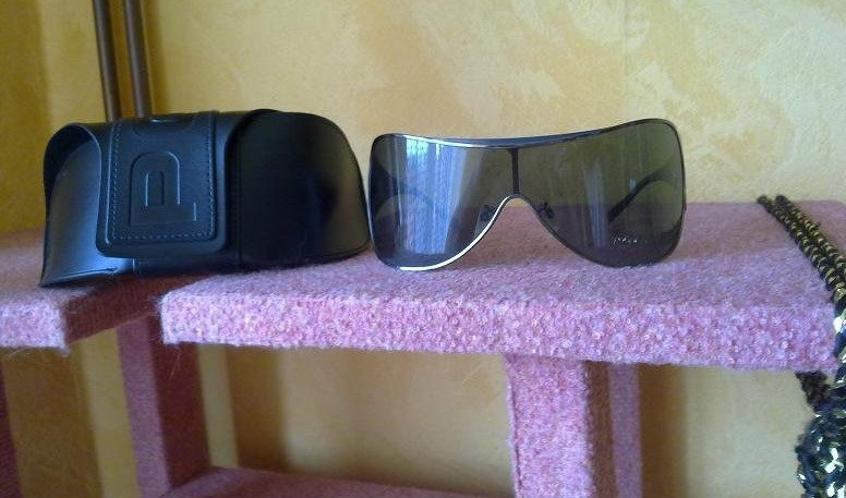 Police S 2999vn 508v típusu napszemüveg (David Beckham kollekció) A ... efbd8df165