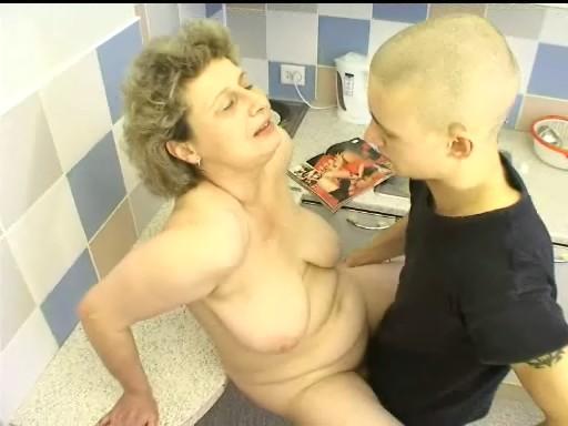 grand-mum-fucking